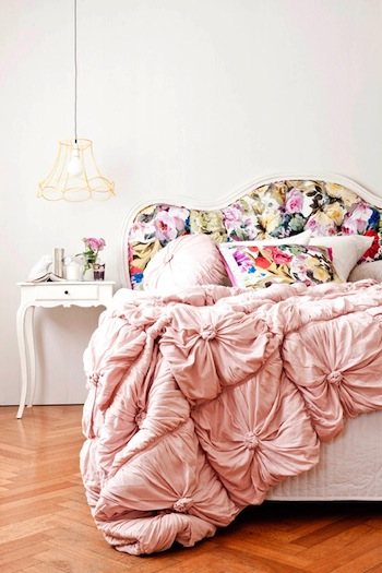 corner-store-floral-bed2